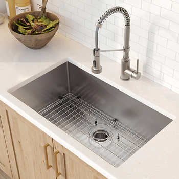 Kitchen Sinks - More Choices Than Just Stainless Steel